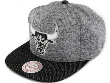 best sneakers b5c88 4d50f Mitchell   Ness Snapback Space Knit Crown Chicago Bulls grey